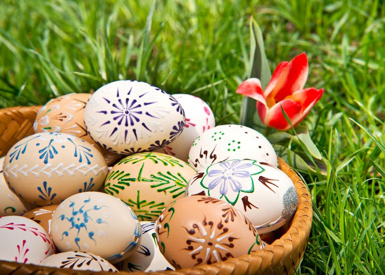 Right click to download: Easter wishes
